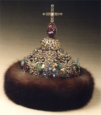 Crown_jewels : definition of Crown_jewels and synonyms of ...